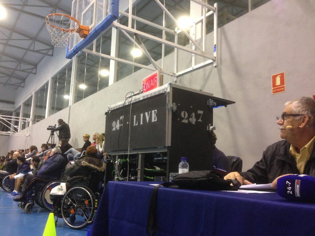 Livestream Wheelchair bask