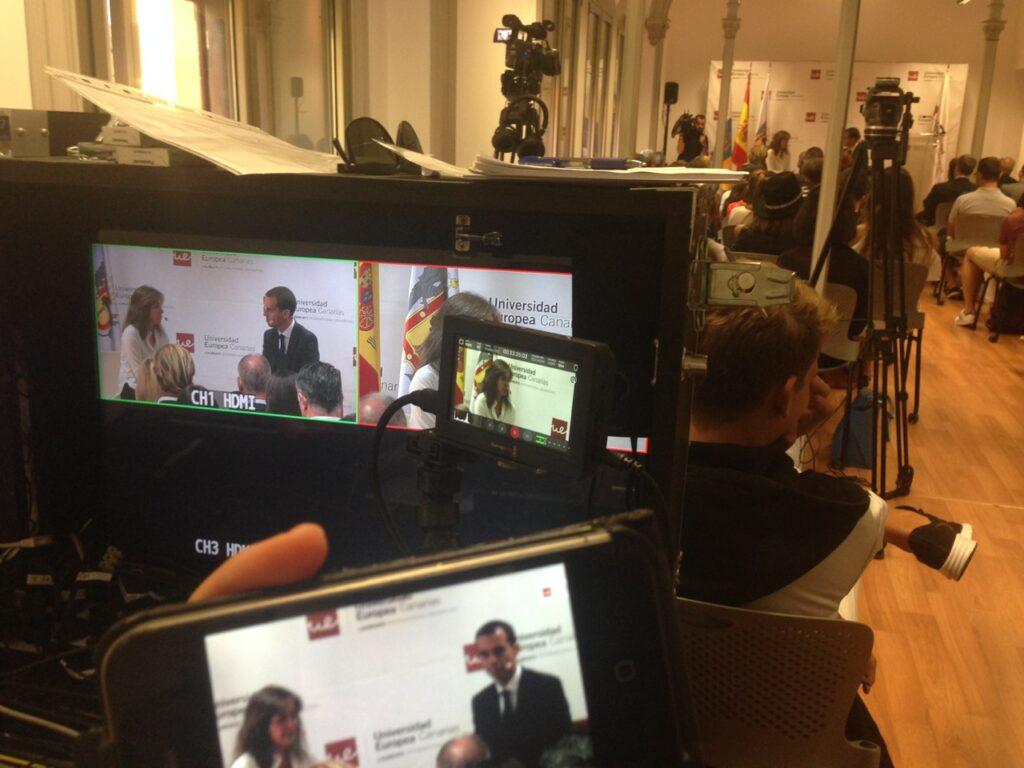 Livestream with 2 Camara 2015